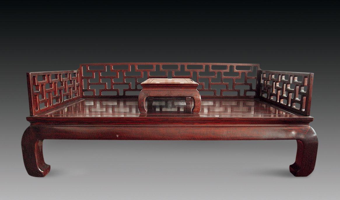 0670 红木曲尺罗汉床