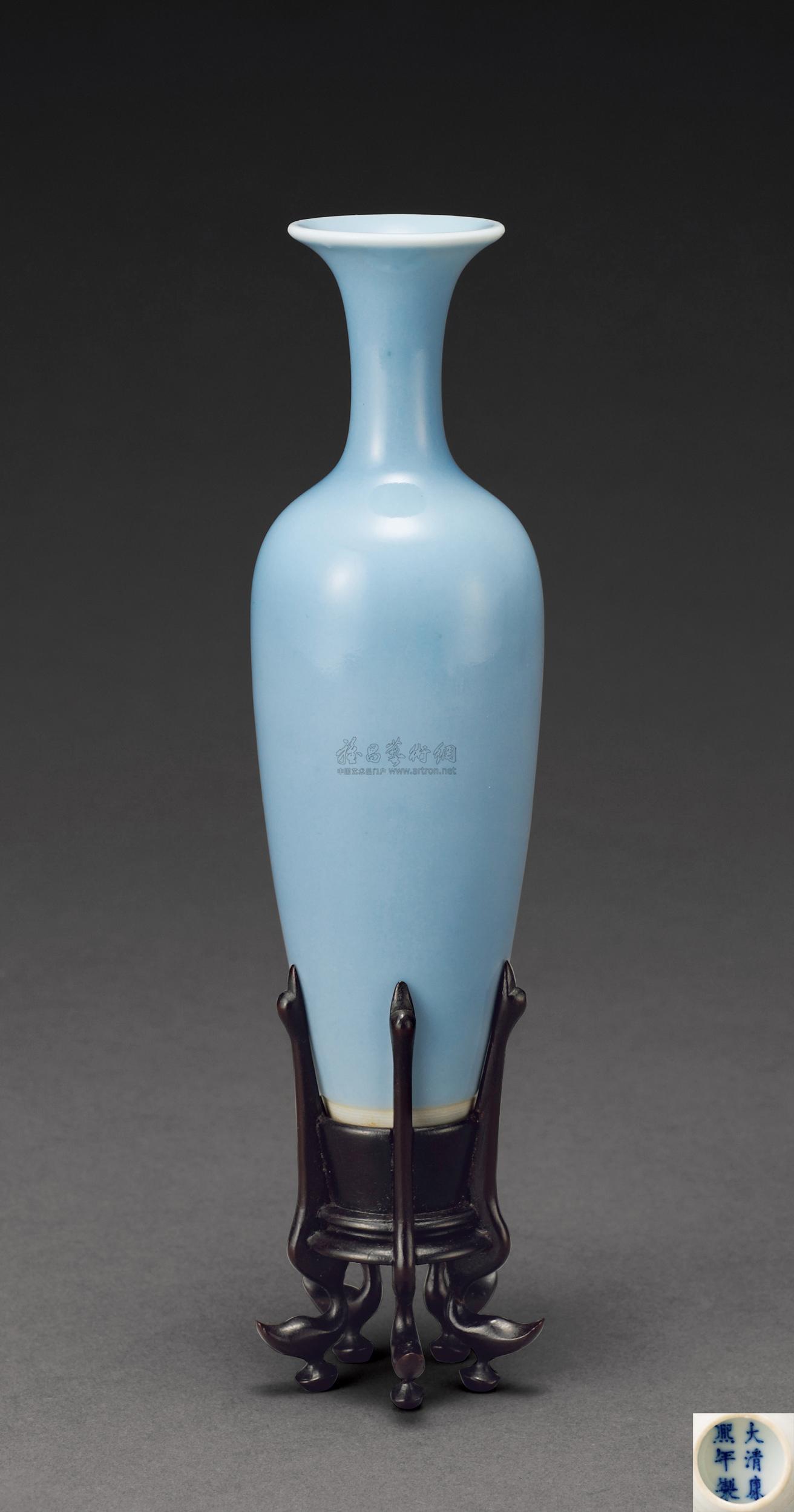 1918 清康熙 天蓝釉柳叶瓶图片