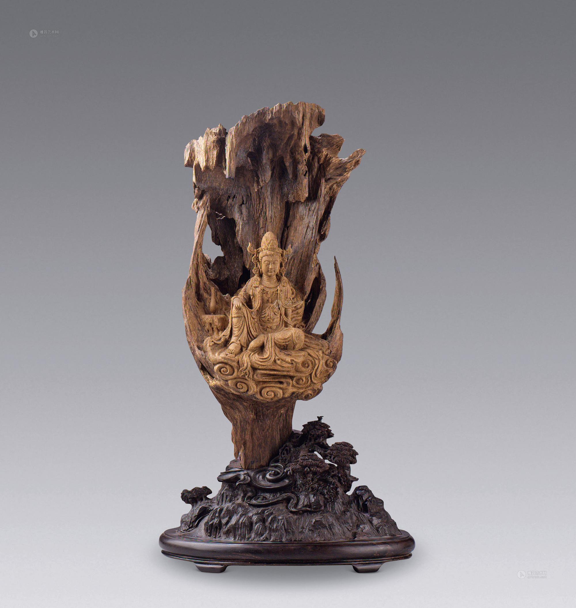 沉香木雕自在观音菩萨造像】拍卖品