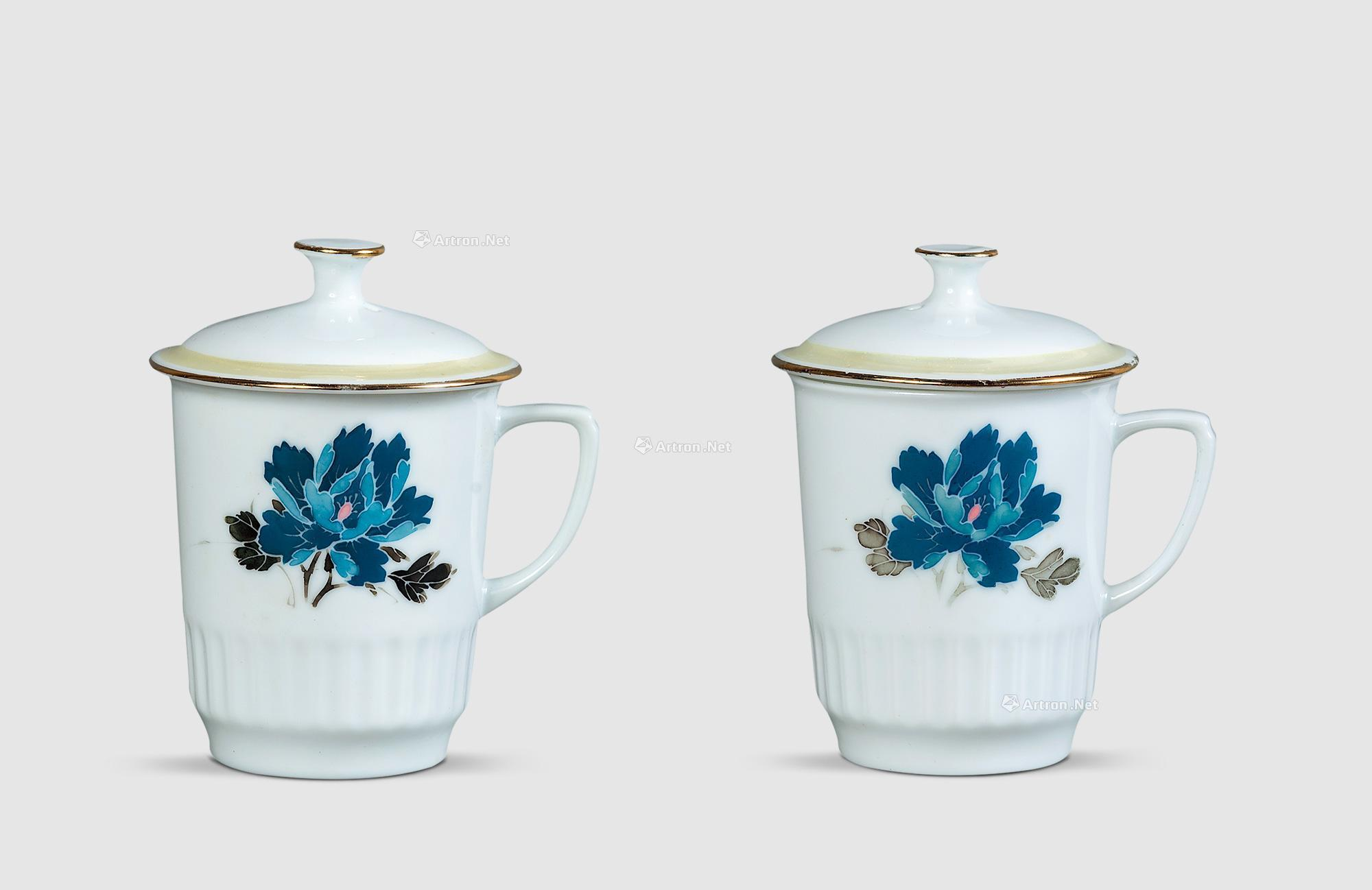 2121 上世纪70年代 尼克松芙蓉花纹茶杯 (二只)