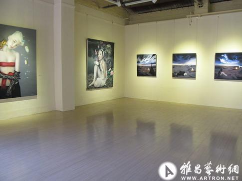 千年时间画廊年末上演青年艺术家群展