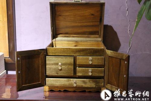 金丝楠木精品家具收藏
