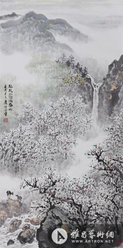 中景为悬崖垂瀑,迷蒙的云气,漫山的梨树和如雪般片片飘落的纯白花瓣.