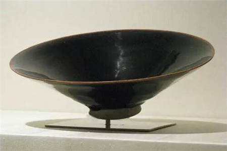 大都会馆的宋代陶瓷珍品