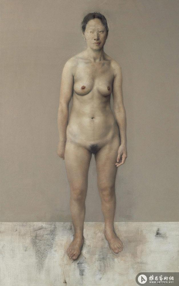 《站立的女人体》