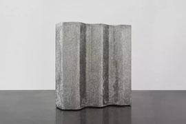 《雕塑作为当代艺术的媒介面临的挑战和新的可能性》