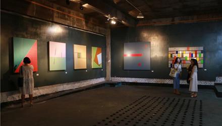 抽象的秩序:凌惠华个展在上苑艺术馆开幕